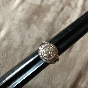Jewelry - Size 7 and 8 cable ring